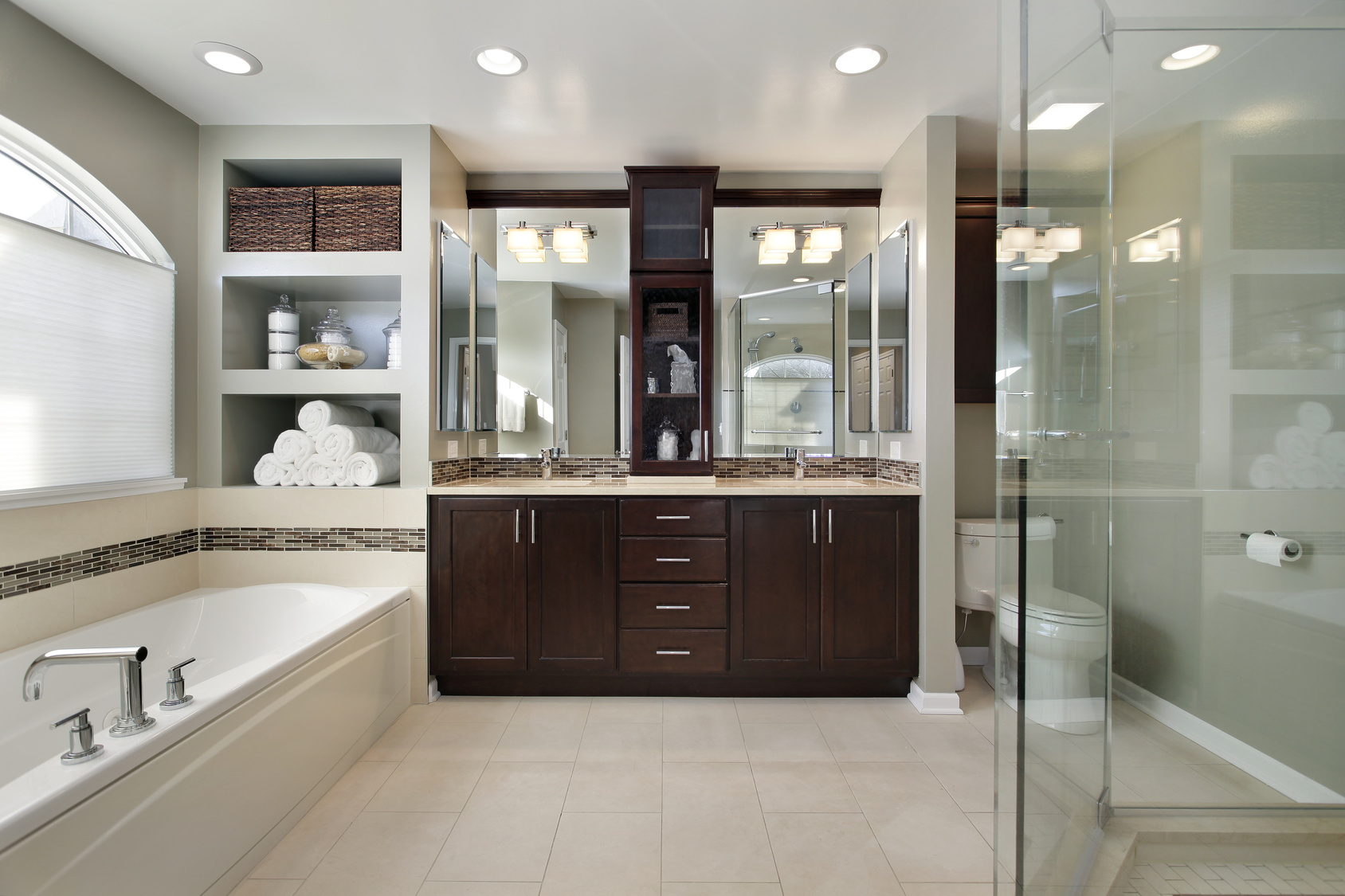 5 remodel ideas for a luxurious master bath for Master bath remodel 2017
